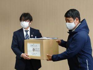 化学防護服寄贈_02